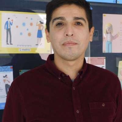 Jorge Aguilar Docente Lenguaje
